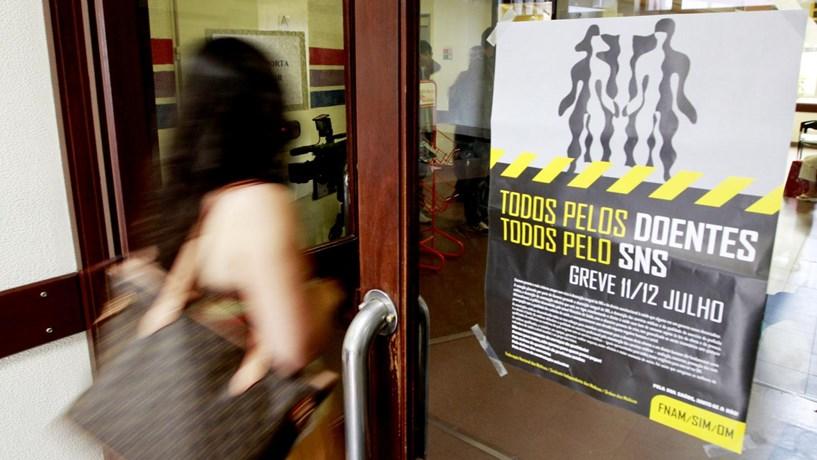 Greve dos médicos paralisa Hospital de Santa Luzia
