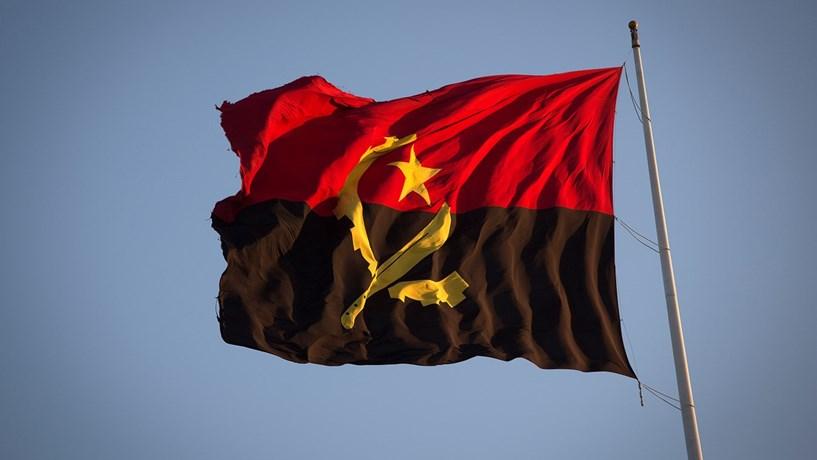 Ministro angolano confirma encerramento de embaixadas devido à crise